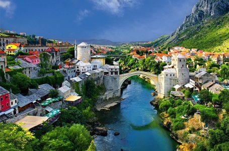 Kolumna Monike Sušac: Mostar, jedan grad dvije podjele