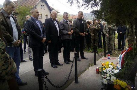 Podbrežje: Obilježena 25. godišnjica od terorističkog čina Armije BiH i početka terora nad zeničkim Hrvatima
