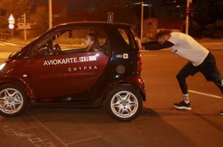 Zagrepčanin oborio Guinnessov rekord u guranju automobila