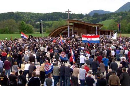 Papa smijenio austrijskog biskupa koji je zabranio da misu na Bleiburgu vodi hrvatski biskup
