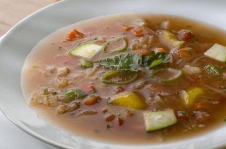 Ovo je čarobna juha koja topi kile, a svi si ju mogu priuštiti