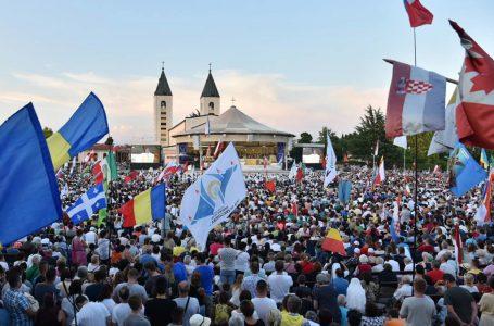 Na otvorenju jubilarnog 30. Festivala mladih sudionici iz 80 zemalja