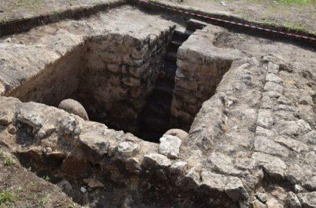 Arheolozi kod Jajca otkrili kameni sarkofag iz antičkog doba