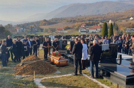 Na vječni počinak ispraćen Marijan Jelović, medicinar, profesor i bivši nogometaš