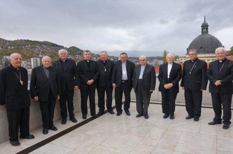 Biskupi Biskupske konferencije BiH započeli svoje 77. redovito zasjedanje