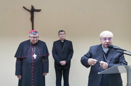 Poruka vrhbosanskih nadbiskupa u vrijeme kušnje