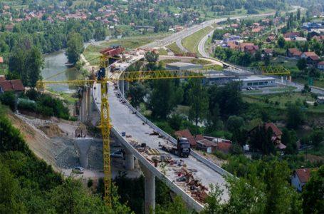 Potpisan ugovor s EIB-om o kreditiranju izgradnje dvije dionice autoceste na Koridoru Vc
