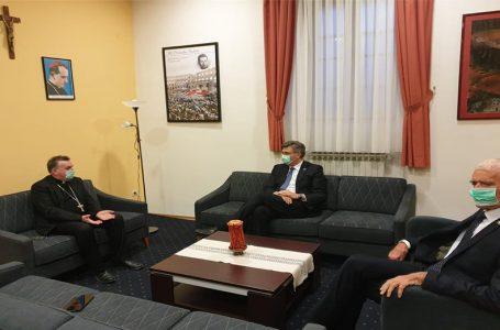 Kardinal Bozanić i premijer Plenković razgovarali o posljedicama potresa i stanju pandemije u Hrvatskoj