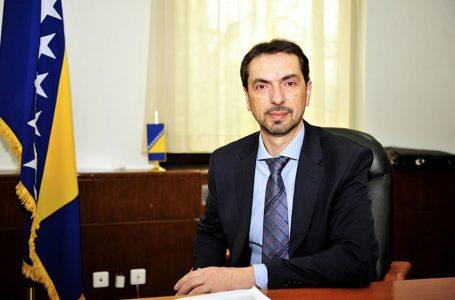 ČAVARA ZA HMS: Apsurdno je da Novalić i dalje vodi Vladu FBiH