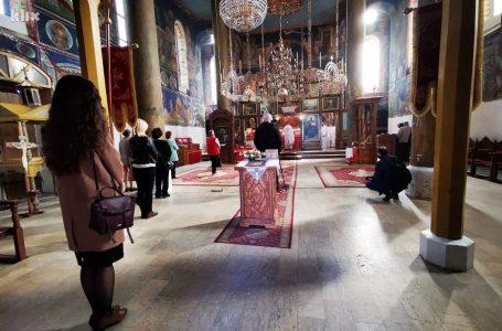 Vaskrs u Zenici uz nekolicinu vjernika